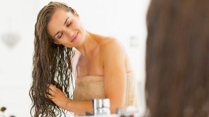 Come prendersi cura dei capelli quotidianamente