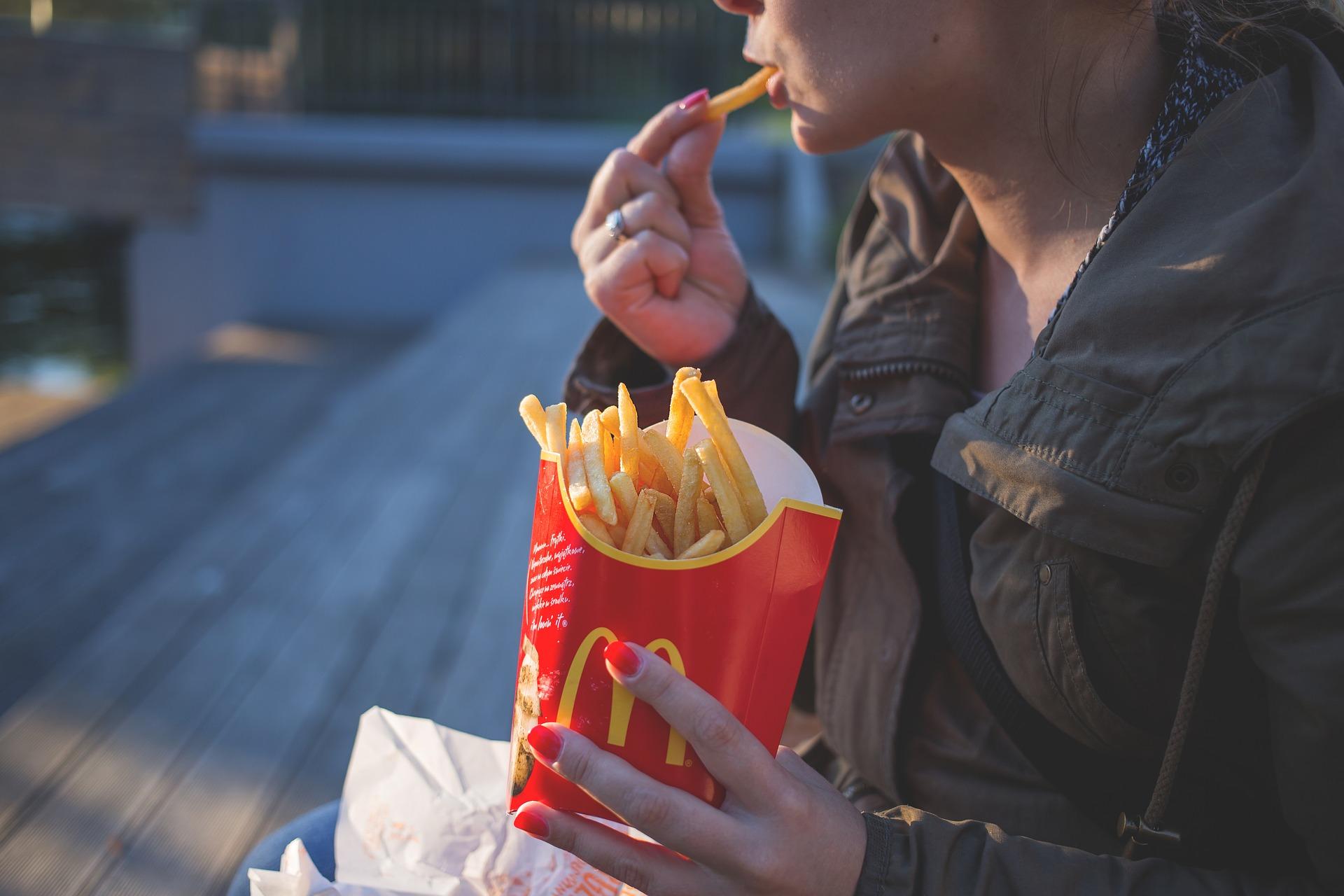 Le patatine di McDonald's suggeriscono un rimedio contro la calvizie