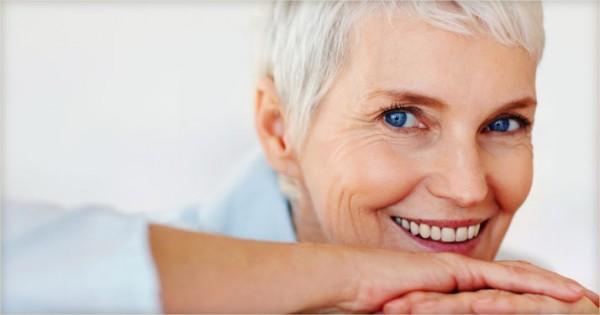 Menopausa e caduta dei capelli - Info calvizie